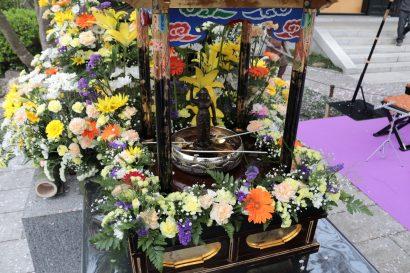 花祭り風景
